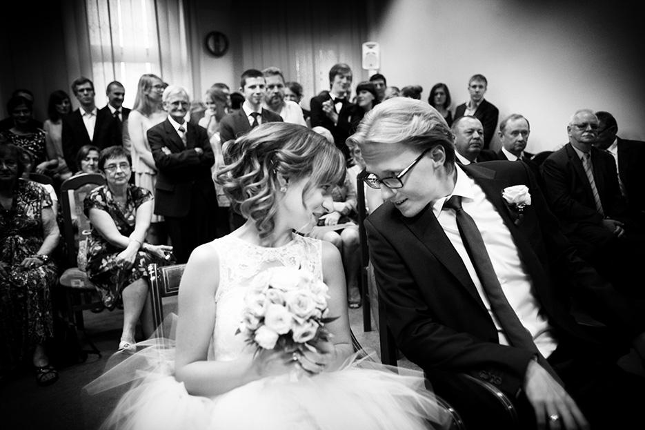 Emocje, zdjęcia ślubne USC Konstancin